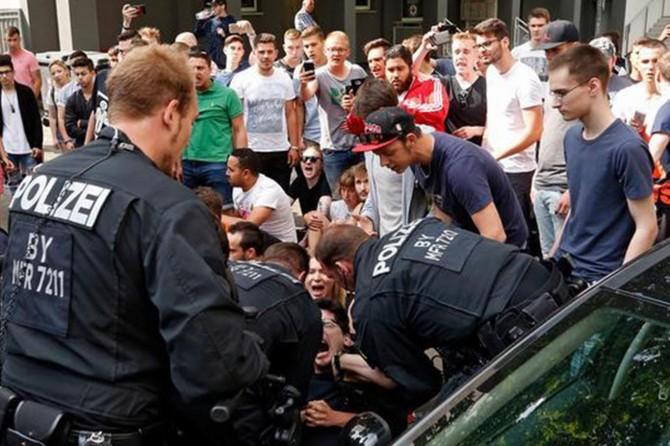 Mülteciler polis şiddetine maruz kalıyor