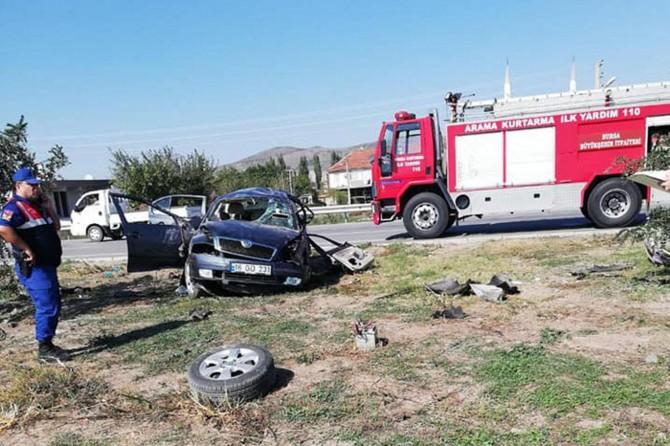 Gelin arabası kaza yaptı: 4 ölü 5 yaralı