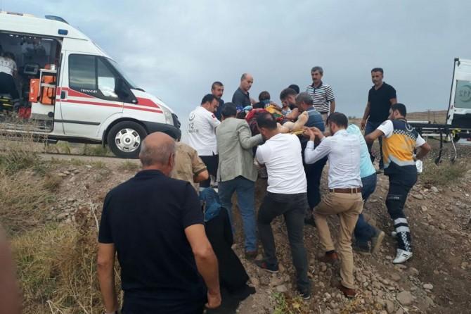 Bismil Diyarbakır Karayolunda kaza: 1 ölü 2 yaralı