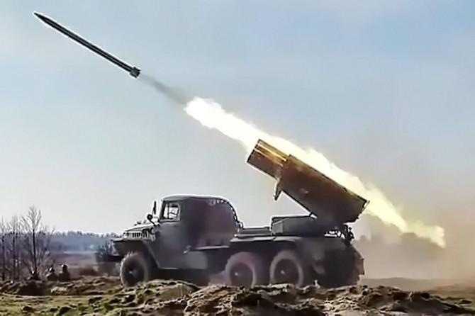 İdlib'den ağır silahlar çekildi