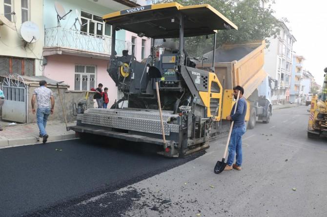 Bingöl'de tüm asfalt yollar yenileniyor