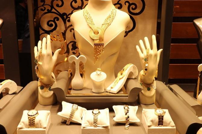 Mücevher dünyasının kalbi İstanbul'da atıyor