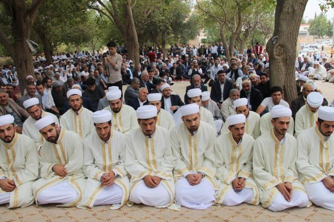 Kızıltepe'de medrese eğitimlerini tamamlayan 20 talebe icazet aldı