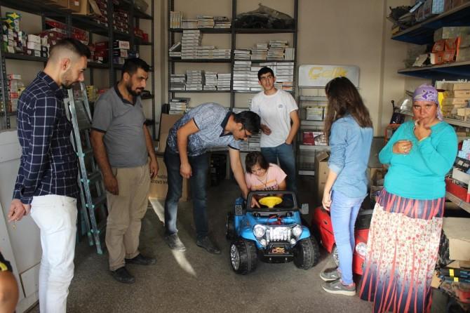 Şırnak Silopi'de engelli öğrenciler esnafı ziyaret etti
