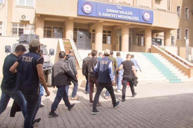 Şırnak merkezli FETÖ operasyonu: 17 gözaltı