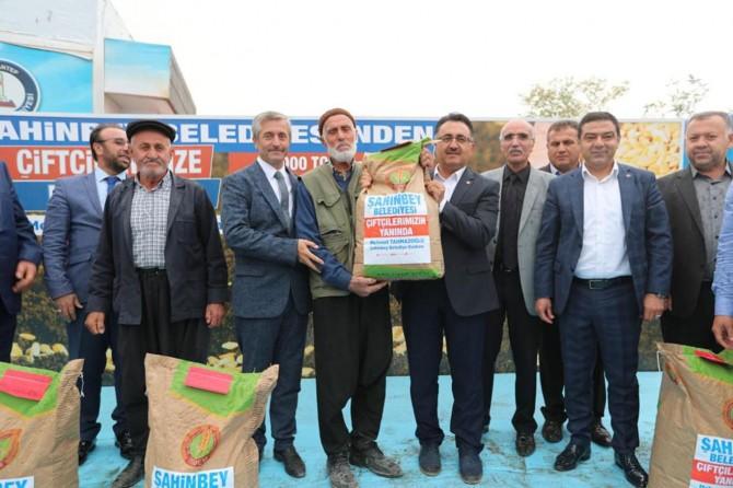 Şahinbey Belediyesinden üreticilere tohum desteği