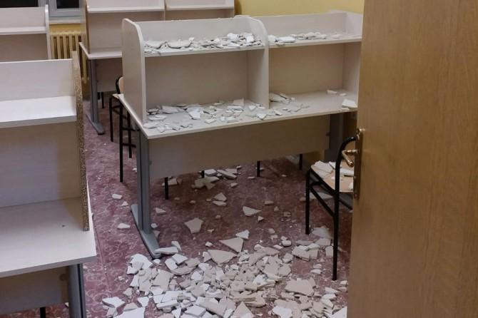 Bingöl Solhan'da tavan alçısı öğrencilerin üzerine düştü: 3 yaralı