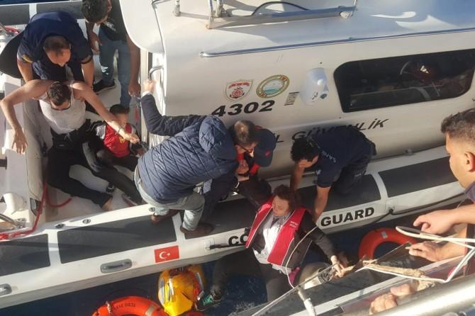 Bodrum'da göçmenleri taşıyan tekne battı: 1 ölü