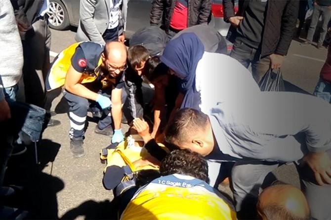 Diyarbakır Bağlar'da otomobilin çarptığı genç yaralandı