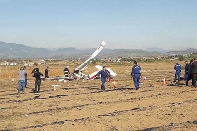 Antalya'da uçak düştü: 2 ölü