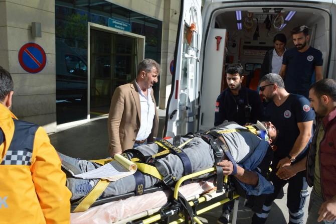 Siirt'in Eruh'ta yayla dönüşü trafik kazası: 2 yaralı