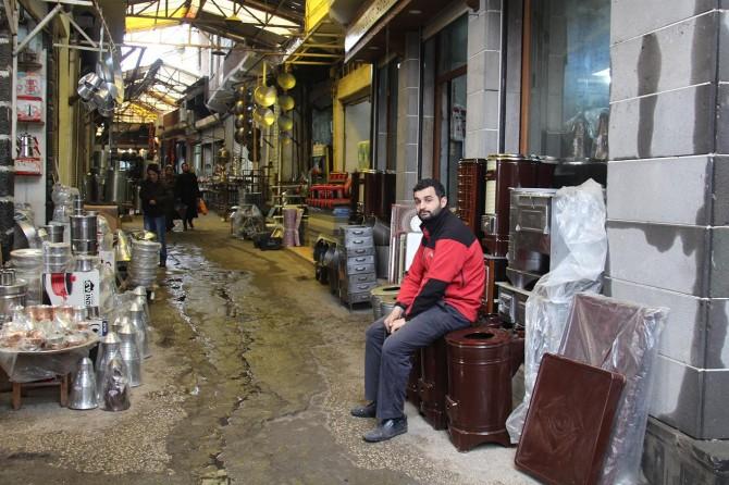 Diyarbakır'da sobacılar satışların azalmasından şikâyetçi