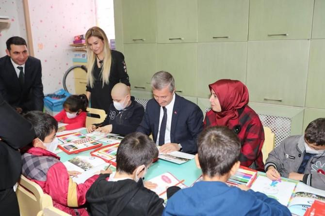 Gaziantep'te lösemili çocuklara moral ziyareti