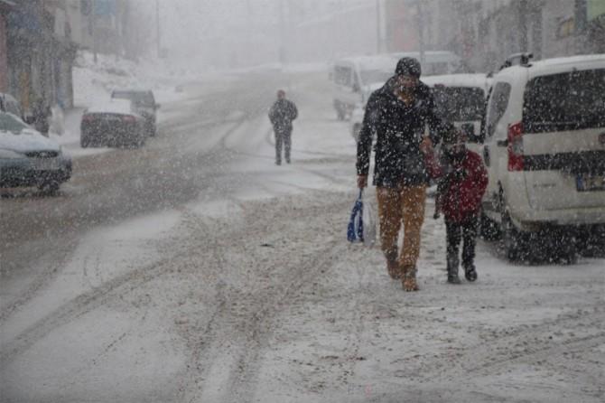 Meteorolojiden kuvvetli karla karışık yağmur ve kar yağışı uyarısı