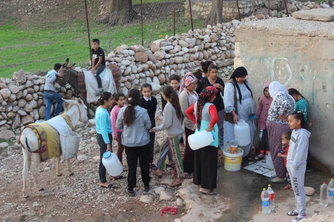 Suları kesilen köylüler mağduriyetlerine çözüm istiyor