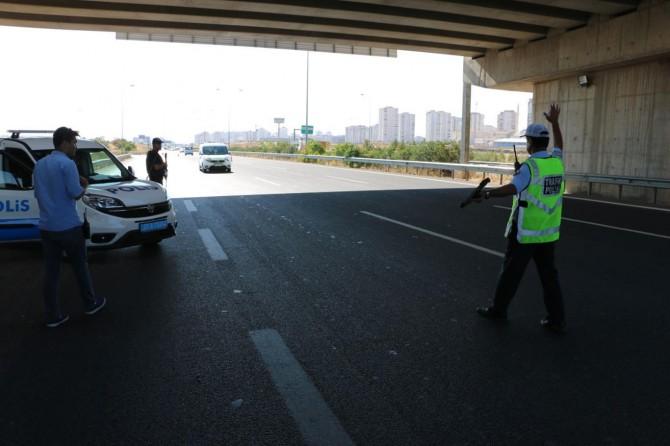 """Bakanlıktan """"trafik cezalarının 3 ay uygulanmayacağı"""" paylaşımlarına açıklama"""