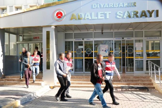 Diyarbakır'da  PKK'den yakalanan 38 şüpheli tutuklandı