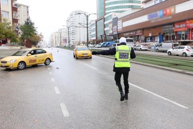 Ji şofêrên taksîyan re 330 hezar TL ceza hat birîn