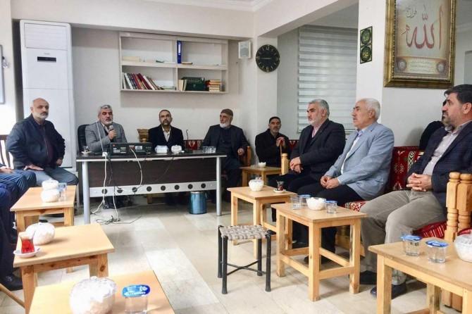 HÜDA PAR Genel Başkanı Sağlam'dan Eprem ailesine taziye ziyareti