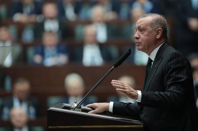 Türkiye'yi karanlık günlerine döndürmek isteyenler, kendi karanlıklarında kaybolacak