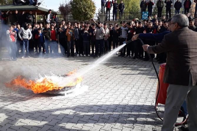 Bingöl'de yangın ve kurtarma tatbikatı