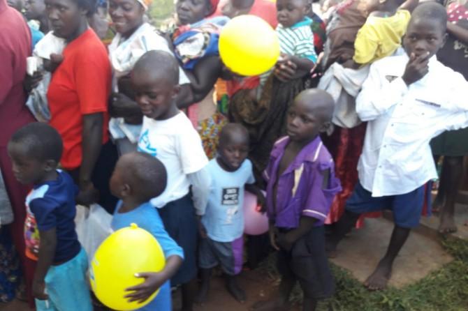 Yetimler Vakfından Uganda'da sünnet organizasyonu