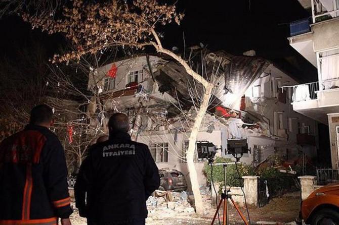 Ankara Kızılay'da doğalgaz patlaması: 7 yaralı
