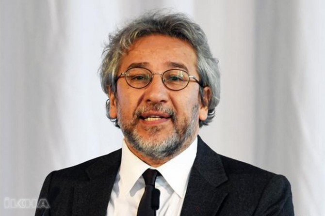 Turkish court issues warrant for Can Dündar