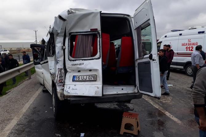 Kızıltepe-Nusaybin karayolunda kaza: 4 yaralı