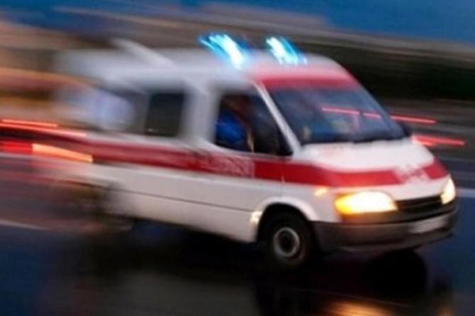 Hakkari-Van Karayolu'nda askeri araç şarampole yuvarlandı: 3 yaralı
