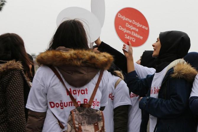 Mardin'de gebelerden farkındalık yürüyüşü