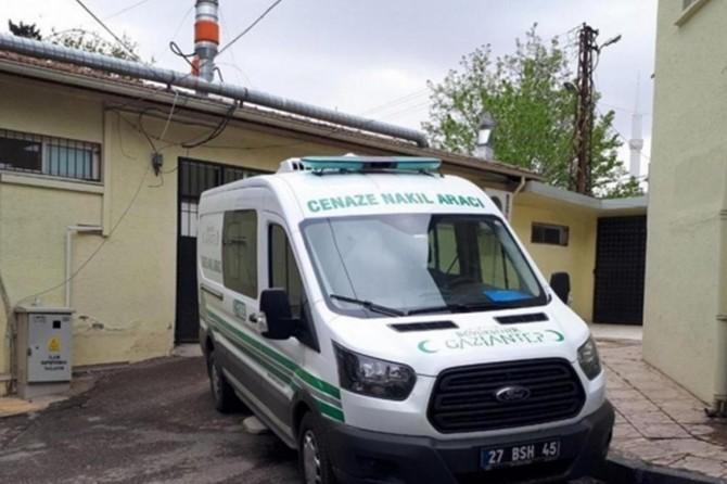 Kilis'te  otomobilin çarptığı yaşlı kadın hayatını kaybetti