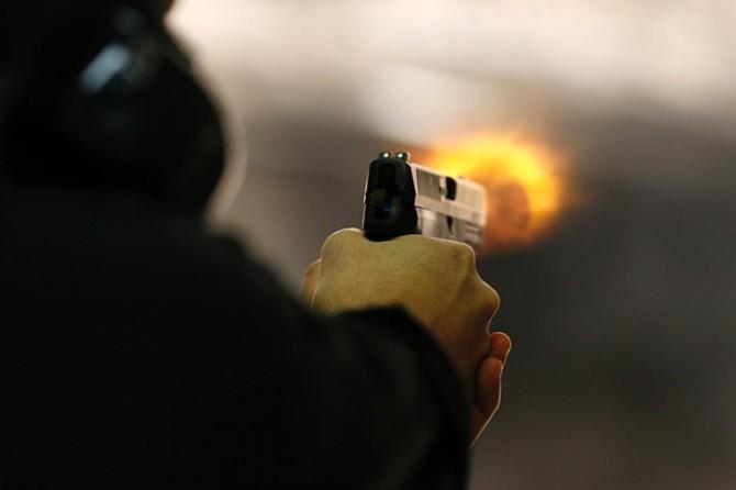 Polis kaçan şüphelilere ateş açtı: Bir ölü