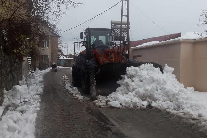Bitlis'te 76 köy yolu ulaşıma kapandı