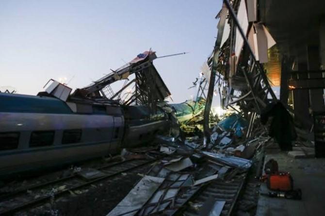 Ankara'daki hızlı tren kazasında hayatını kaybedenlerin sayısı 9'a yükseldi