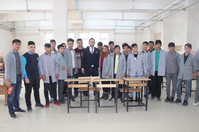 Şırnak Cizre'de öğrenciler tamirden üretime geçmek için destek bekliyor