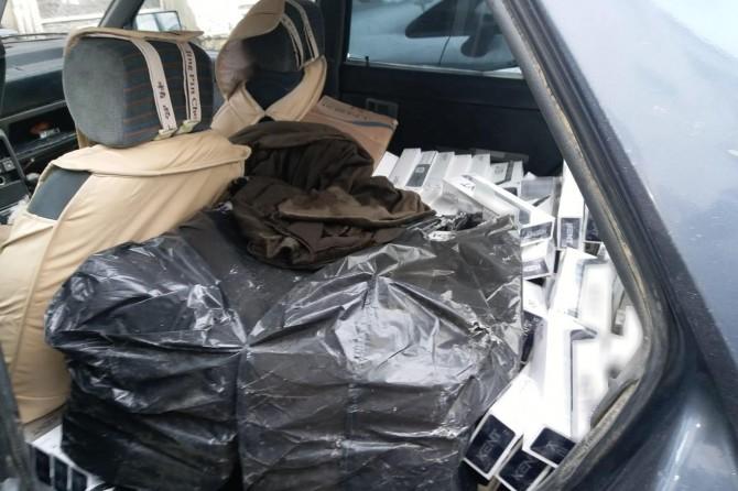 Durdurulan araçlardan 7 bin paket kaçak sigara ele geçirildi