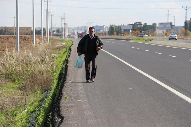 Hakkını aramak için Mardin'den Ankara'ya yürüyor