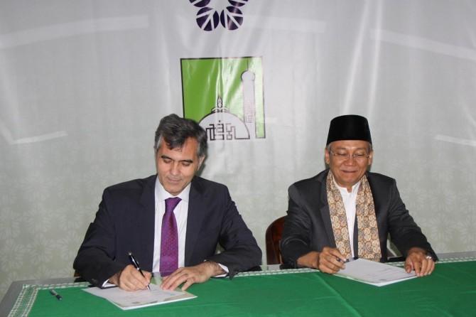 Maarif Vakfı ve Endonezya'daki özel okular arasında iş birliği protokolü