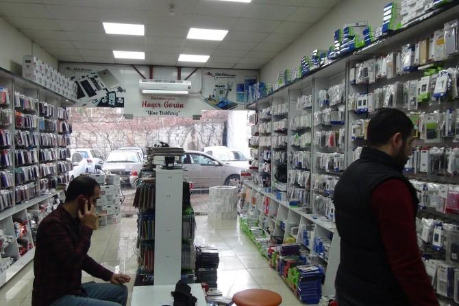 Cep telefonu satıcıları: İşlerimiz durgun