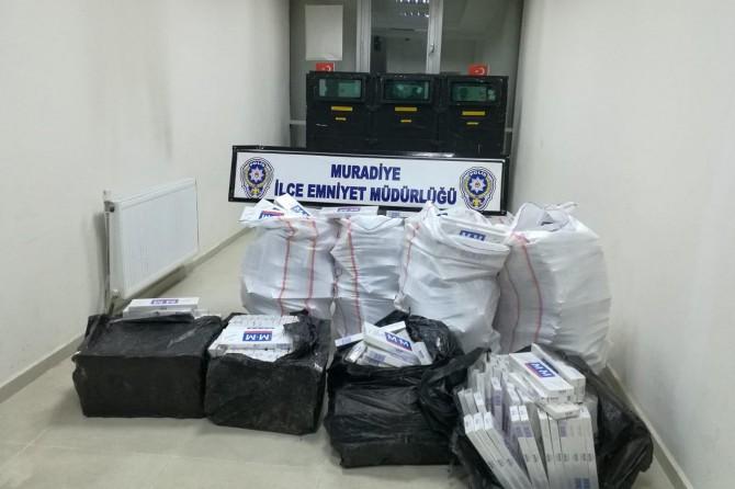 Van Muradiye'de 7 bin 898 paket gümrük kaçağı sigara ele geçirildi