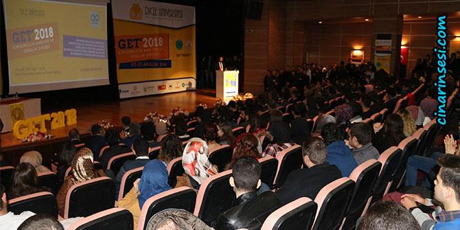 Diyarbakır'da Girişim, Kariyer ve Gençlik Zirvesi düzenlendi