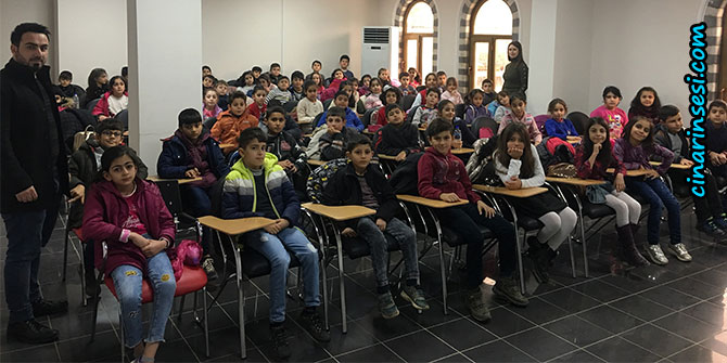 Mehmet Akif Ersoy İlköğretim Okulu öğrencileri Bilgi Evini gezdi