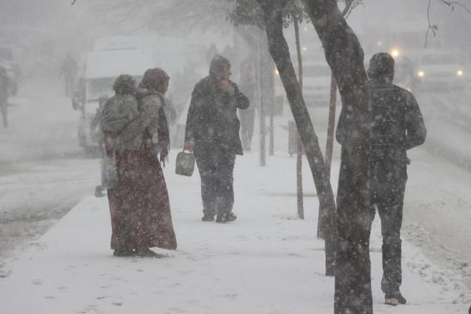 Mardin'de kar ve tipi etkili oluyor