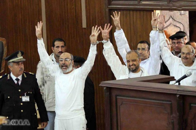 Egyptian court rules to release 9 prominent figures of Brotherhood