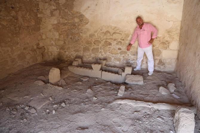 Eyyubi Sultanı Süleyman Han'a ait mezar ve sanduka bulundu