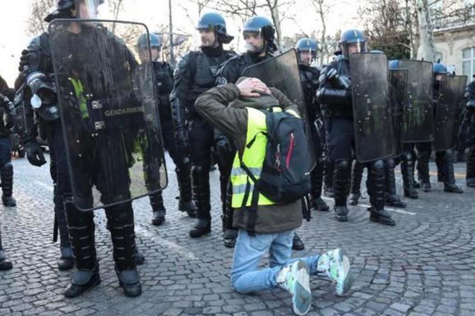 Fransa'daki gösteride 167 kişi gözaltına alındı