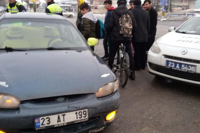 Elazığ'da aracı durdurulan şahıs polisi darp etti