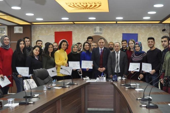 Mardin'de girişimcilik eğitimi alanlara sertifika verildi