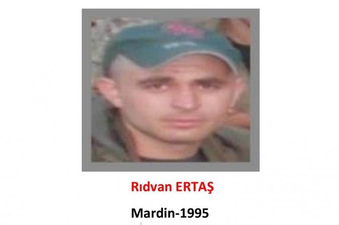 Gri listedeki PKK'li teslim oldu